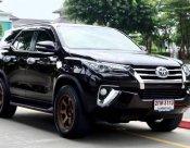 Toyota Fortuner 2.4 V ปี 2015