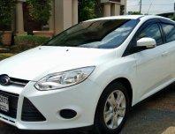 Ford focus 1.6 5ประตู ปี 2012