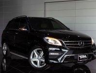 Mercedes Benz รุ่น ML 250 CDI AMG Sunroof W166 2.1D SUV ปี 2013