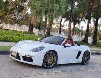 Porsche Boxster 718 ปี 2016
