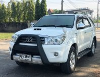 TOYOTA FORTUNER 3.0V 4WD AT ปี2011