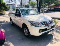2015 Mitsubishi TRITON 2.5 GL รถกระบะ