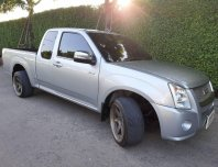 Isuzu D-MAX 2.5 Spacecab SLX/MT 2008