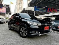 Honda ถึงปี2020 หรือ 100,000กม. HR-V 1.8 E SUV AT ปี 2017
