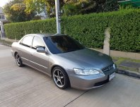 2000 Honda ACCORD 2.3 VTi รถเก๋ง 4 ประตู