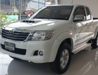 2013 Toyota Hilux Vigo 2.5 G Prerunner VN Turbo รถกระบะ