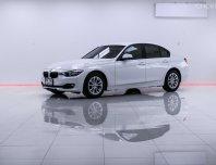 2015 BMW 316i M40 รถเก๋ง 4 ประตู AT