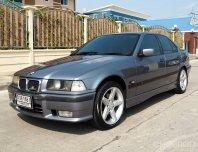 2000 BMW 318i SE รถเก๋ง 4 ประตู