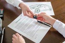 เช็คให้ชัวร์! ก่อนจะซื้อรถยนต์  5  ข้อควรระวังเมื่อทำสัญญาซื้อขายรถยนต์