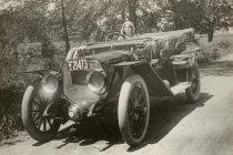 รู้ไหมว่า? ไฟเลี้ยว ไฟเบรกรถยนต์ ถูกคิดค้นโดยดาราฮอลลีวูด