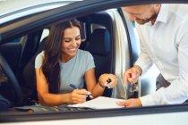 6 เรื่องสำคัญ ที่ผู้ขายไม่อยากบอกกับคุณตอนออกรถยนต์มือสอง