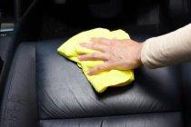 เคล็ดลับซ่อมเบาะรถยนต์ ที่ทำง่ายได้ด้วยตัวเอง