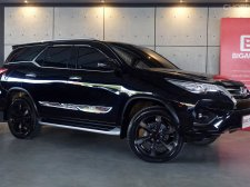2019 Toyota Fortuner 2.8 TRD Sportivo SUV AT (ปี 15-18) B9881