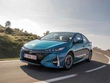 Toyota Prius Plug in ประหยัดระดับเทพ เพียง 1 ลิตร/100 กิโลเมตรเท่านั้น