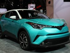 Toyota C-HR ออกสีใหม่