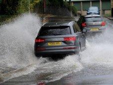 การดูแลรักษารถยนต์หลังถูกน้ำท่วม