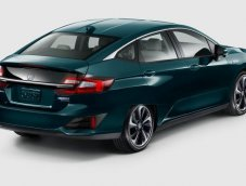 Honda เปิดตัว Clarity Plug-in Hybrid 2018 ลงตลาด USA 1 ธันวาคม