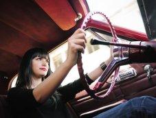 """Tips  วิธีเปลี่ยนสาวเป็น """"เซียนขับรถ"""" เพิ่มความมั่นใจ สร้างวินัยจราจร"""