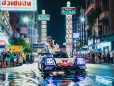 เมื่อ Porsche แชมป์เลอม็องส์โลดแล่นใต้เงาจันทร์ในกรุงเทพ