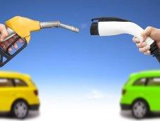 """Bloomberg ชี้ 20 ปี """"รถยนต์ไฟฟ้า""""แทนที่ """"ตลาดรถเก๋ง"""" กว่าครึ่งของยอดขายทั่วโลก"""