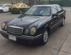 ถูก ๆเจ้าของขายเอง ปี 1999 Benz ตากลม E230 Elegance มี Airbags 4 ใบ ระบบเกียร์ 5 สปีด รุ่นท๊อปคร่าาา