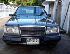 1993 Mercedes-Benz E280 Classic sedan
