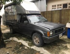 1987 Nissan Big M DX pickup