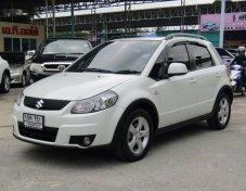 รถสวย ใช้ดี SUZUKI SX4 รถเก๋ง 5 ประตู
