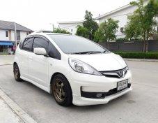2013 Honda JAZZ 1.5V AT (hatchback)
