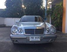 1996 Mercedes-Benz 230E W124 sedan