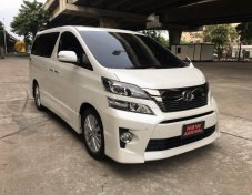 2015 Toyota VELLFIRE 2.4ZG van รถสวยเหมาะสำหรับครอบครัว