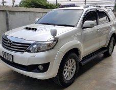 2012 Toyota Fortuner V wagon