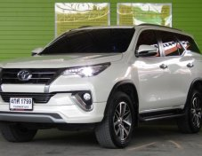 2016 TOYOTA FORTUNER 2.4V AT 2WD