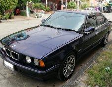 BMW SERIES 5 E34 สีน้ำเงิน เครื่อง 1JZ VVT-i เกียร์ออโต้ เครื่องเสียงแน่นตึ๊บ LPG mixer