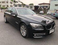 BMW 730 Ld ดีเซล ปี 2013 f02 ไมเนอร์เชนจ์ สีดำ 3จอ tv หน้า หลัง รถผู้บริหารใช้ วิ่ง 2แสน กลางๆkm พร้อมใช้งาน อ่านรายละเอียดด้านล่างด้วยนะคับ