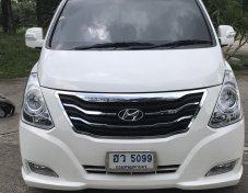 2015 Hyundai H-1 Limited van