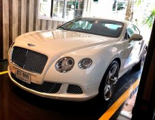 Bentley continental GT 6.0 V12 2012