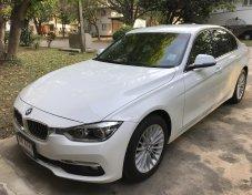 ขายดาวน์ BMW 320d Luxury (Iconic)