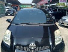 2010 Toyota YARIS E sedan