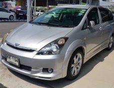 2005 Toyota WISH Q hatchback