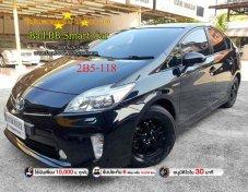 2013 Toyota Prius Hybrid hatchback ฟรีดาวน์ใช้เงินออกรถ 10,000 บาท ทุกคัน