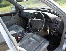 1994 Mercedes-Benz 220 sedan