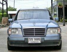 Benz E220 ปี 1995