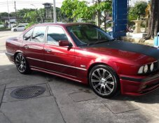 1996 BMW 525i SE sedan