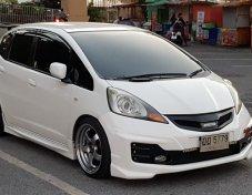 ขาย Honda Jazz 2009 S/AT จดทะเบียนปี 2010 สีขาว สภาพสวย ภายในสะอาด  ไมล์แท้ 150,000 กว่าๆ