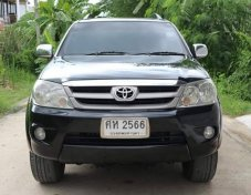 TOYOTA FORTUNER 2.7 V 4WD ปี2005 suv