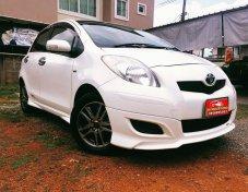 Toyota Yaris TRD sportivo 1.5 ออโต้ ปี 53/10สีขาว