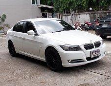 BMW 320d 2.0 SE  ปี12 ดีเชล สีขาว รถบ้านมือเดียวออกศูนย์สภาพสวยขับดีพวงมาลัยเบาไม่มีอุบัติเหตุเครื่องดีช่วงล่างแน่นภายในสวยสภาพพร้อมใช้งาน
