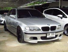 รถสวย ใช้ดี BMW 330i รถเก๋ง 4 ประตู