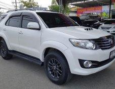 **ฟรีดาวน์** Toyota Fortuner D4D 3.0 V 2WD ปี 2015